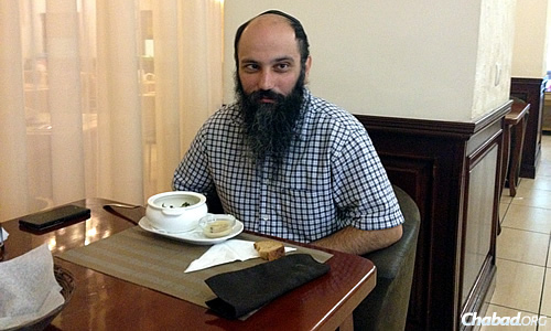 Former Donetsk resident Shaul Melamed has moved to Kiev to be safe, along with so many other Jewish individuals and families. (Photo: Dovid Margolin)