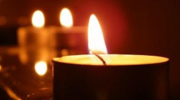 candles_2a12448654598e6e7c373bcc644c2284.jpg