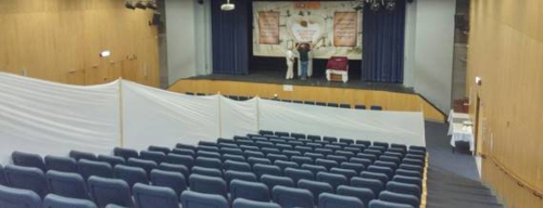 בית הכנסת בקרית חיים. זו לא הופעה, זו תפילה לבורא העולם