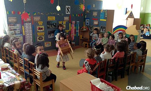 Children at the Beis Tzindlikht preschool