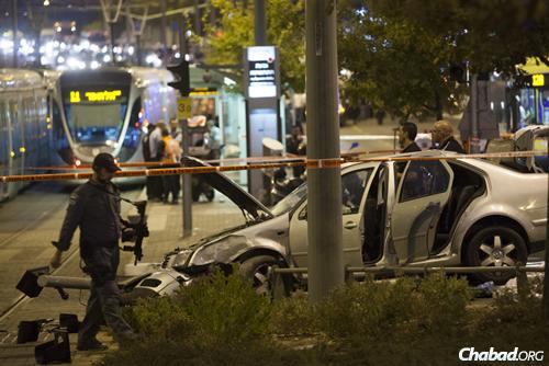 פיגוע טרור בירושלים (צילום: יונתן סינדל/פלאש 90)