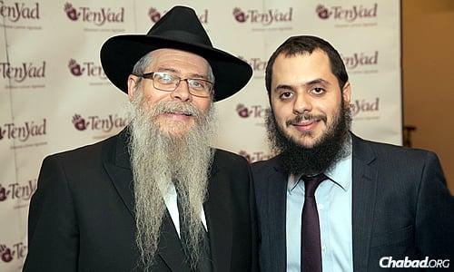 Rabbi Dovid Weitman, left, and Rabbi Berel Weitman, vice director of Ten Yad