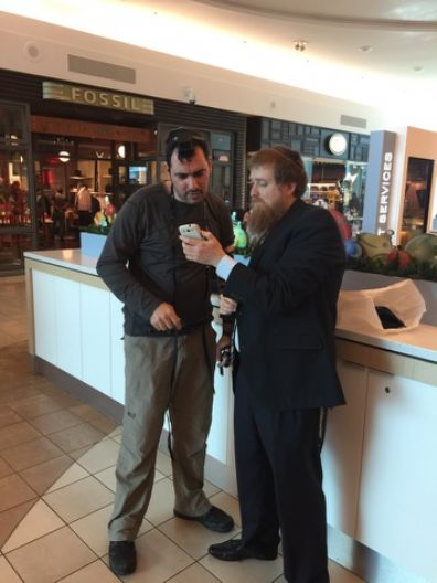 Tefillin at Baybrook Mall