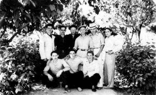 Students of Rabbi Bentcha Maroz.