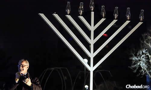 Gallaudet University President Dr. Alan Hurwitz assisted in lighting the 9-foot-tall menorah last year for the Deaf community.