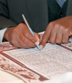 what s the role of a best man in a jewish wedding marriage