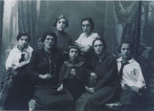 Mrs. Dubrow and her six daughters.