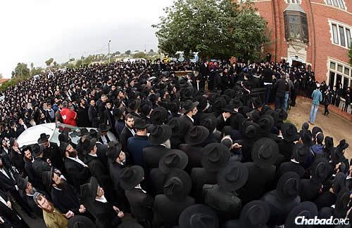 The procession began in the rabbi's home, and continued on to the village's central synagogue and architectural replica of 770 Eastern Parkway in the Crown Heights neighborhood of Brooklyn, N.Y. (Photo: JDN)