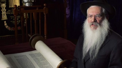 Rabbi Manis Friedman tells the story of the Exodus as it is recorded in the Torah.