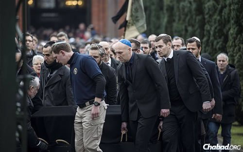 Dan Uzan, killed by a terrorist while guarding a synagogue, was laid to rest in Copenhagen, Denmark.