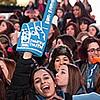 אלפי נערים ונערות הכריזו בטיימס סקוור: אנחנו גאים להיות יהודים