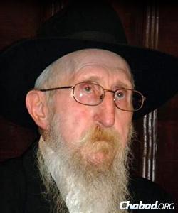 Rabbi Avraham Chanoch Glitzenshtein