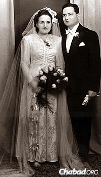 Wedding photo of Marta and Teodor Pasternak, parents of Ivan Pasternak