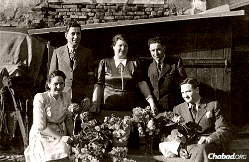 A photo of the Pasternak family from 1941, though some members had already been deported. Ivan Pasternak was born in the summer of 1944, in the last year of World War II.
