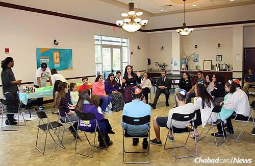 Discussions on all kinds of subjects are part of Shabbaton programs.