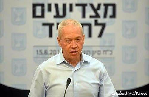 Minister of Construction Yoav Galant (Photo: Meir Alfasi)