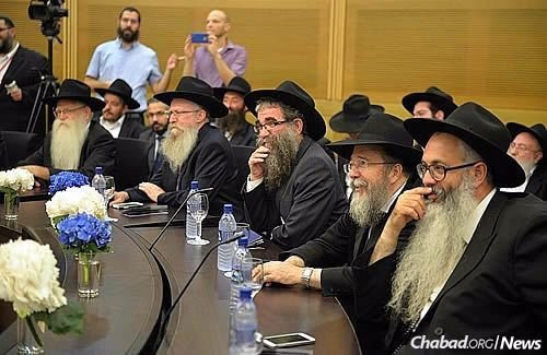 Chabad-Lubavitch leaders from throughout Israel (Photo: Meir Alfasi)