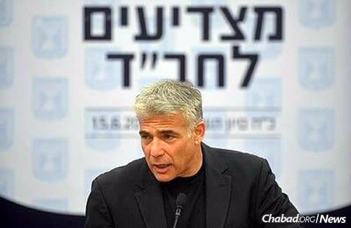 Yesh Atid Party leader Yair Lapid (Photo: Meir Alfasi)