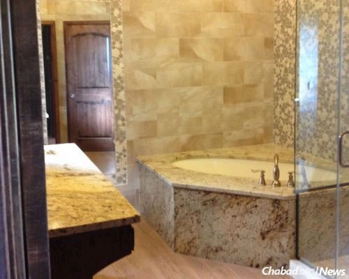 The preparation room at the Rogers, Ark., mikvah