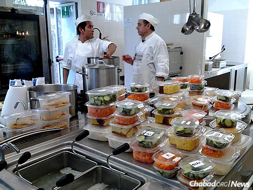 Kosher Soup Kitchen In Milan Feeds Muslim Refugees Passing Through On Their Way To Northern
