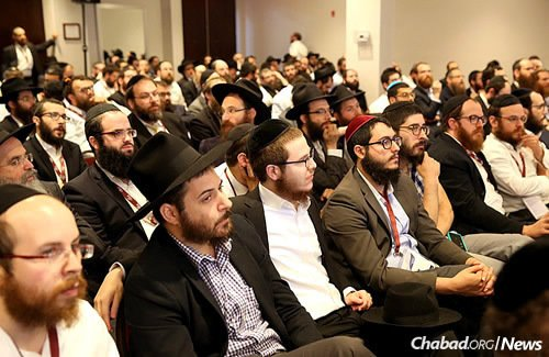 """""""The Kinus represents an opportunity for Chabad-Lubavitch emissary families to gain support and advice from one another, as well as to learn from their collective experiences."""" (Photo: Bentzi Sasson, Chabad.edu)"""