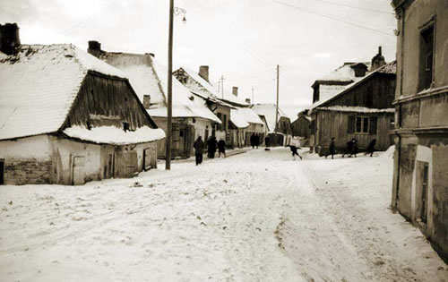 A Polish shtetl in the winter