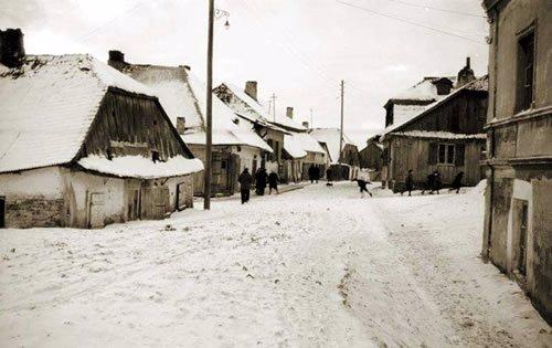 A Polish shtetl in the winter