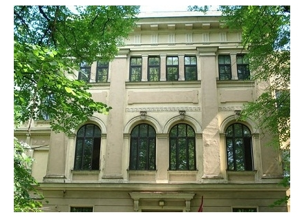 Latvia___Riga___Chbad_Jewish_School[1].jpg