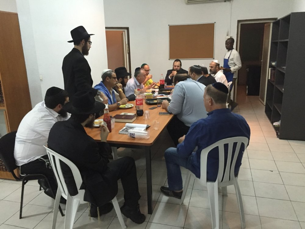 Mishmar at the Yeshiva