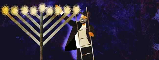 Rabbi Lighting Public Menorah (650x245)