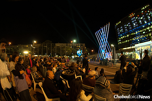 The public event took on added significance in this Hakhel year. (Photo: Meir Alfasi)
