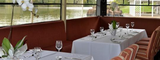 Bon Dining boat.jpg