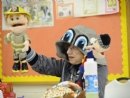 Oak Park school uses puppets to teach social skills