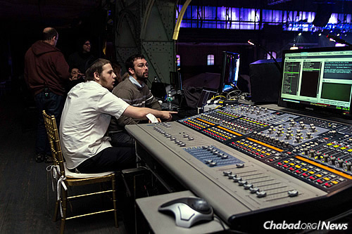 Many Kinus sessions are recorded and some are broadcast around the world. (Photo: Michal Weiss)