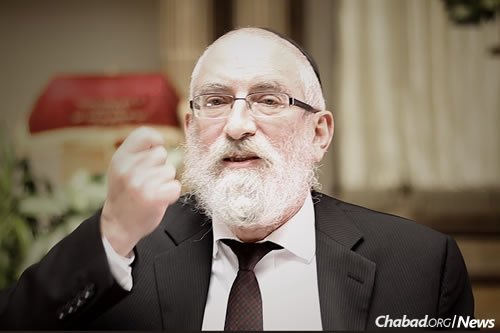 """Rabbi Yechezkel Kornfeld presents an in-depth exploration of the Chassidic understanding of G-d's unity and His relationship to existence in a free course on Jewish.tv titled """"The Infinity of One."""""""
