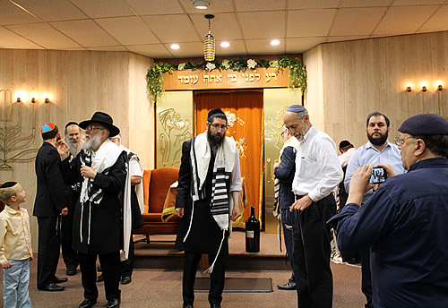 The celebration took place at Congregation Agudas Achim, the 150-year-old synagogue where the group gathered for learning on Shabbat afternoons.