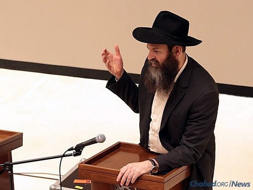 Rabbi Motti Weisberg, director of the Marina Roscha Jewish Community Center. The country's largest, it was instrumental in Chabad's recent growth in the Russian capital.