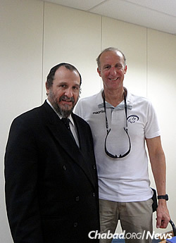 Rabbi Yehoshua Binyamin Goldman, regional director of Chabad of Rio de Janeiro, left, with Ron Bolotin, Israeli sports manager of the Paralympic Games