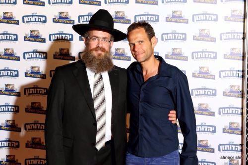 עם עודד מנסטר, השחקן הראשי של ערוץ יהדותון