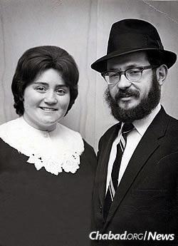 Rabbi Moshe and Mindelle Feller