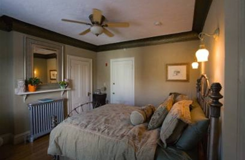 morrill-mansion-lodging.jpg