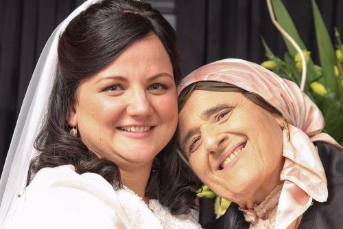ליאורה רות בחתונתה