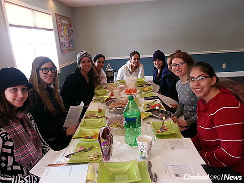 A women's lunch-and-learn class