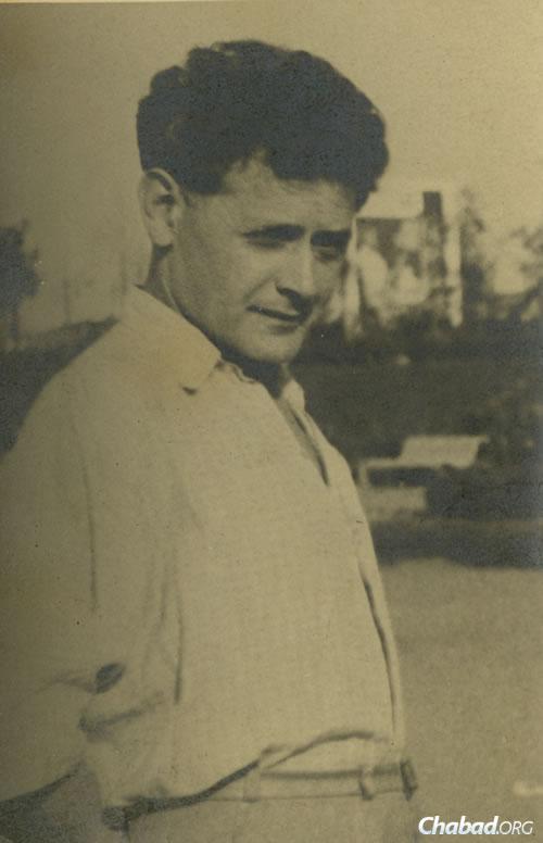 Perez Markish, 1945, Moscow. (Photo courtesy of the Blavatnik Archive)