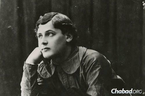 Peretz Markish in 1912, age 17. (Photo courtesy of the Blavatnik Archive)