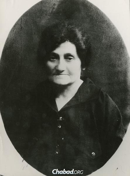 Peretz's mother, Chaya Markish. (Photo courtesy of the Blavatnik Archive)