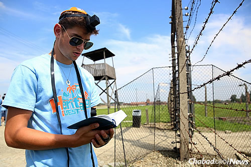 """""""I finally connected to how real the Holocaust was."""" (Photo: Bentzi Sasson/CTeen)"""