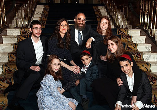 Chabad emissaries Rabbi Mendel and Rachel Zarchi, and their children