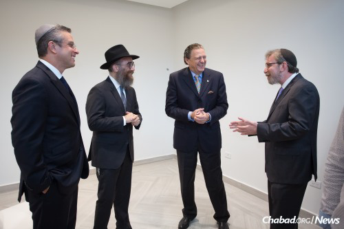 (Photo: Chabad Lubavitch of Puerto Rico)