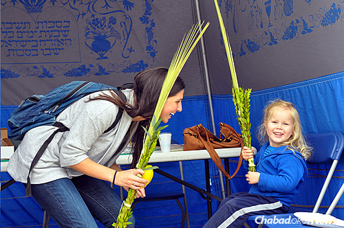 Chabad emissaries see one of their most important roles as opening up their homes to Jewish students and modeling observant Jewish family life for them. Young children are active and involved in Chabad events. (Photo: Chabad on Campus International)